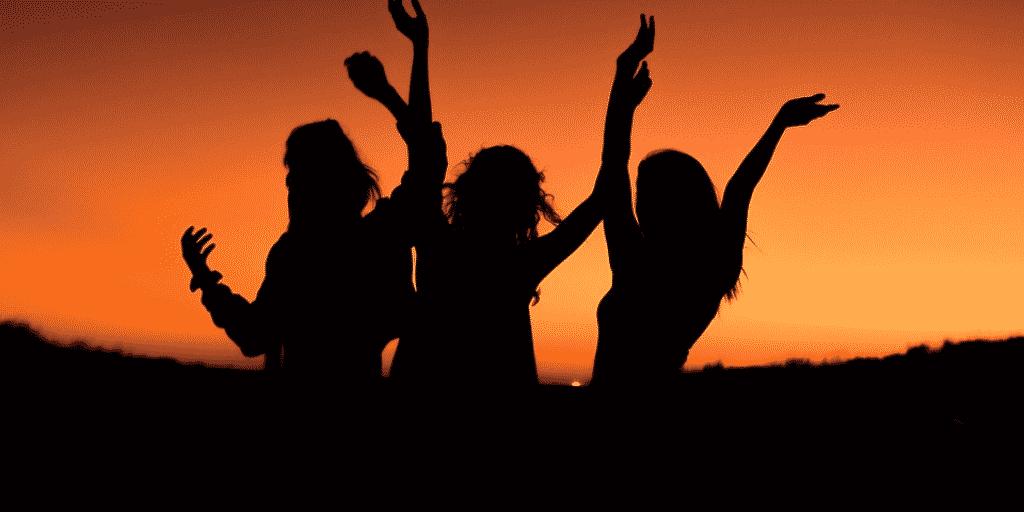 Frauen power sonnenuntergang Frauenkraftkreis